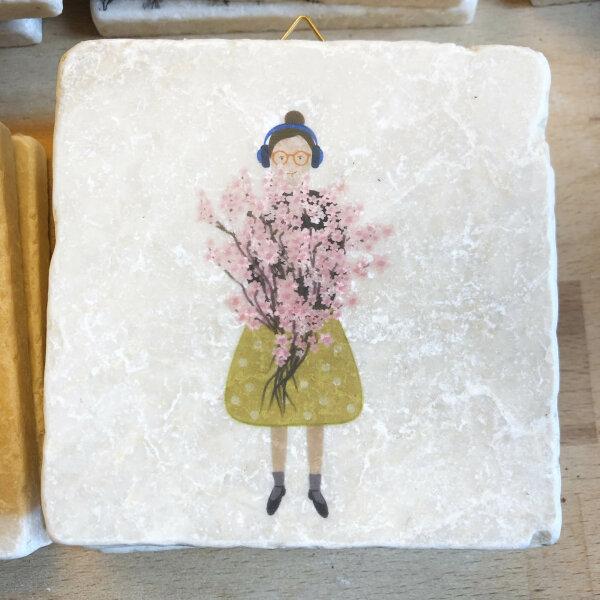Kirschblütenfrau
